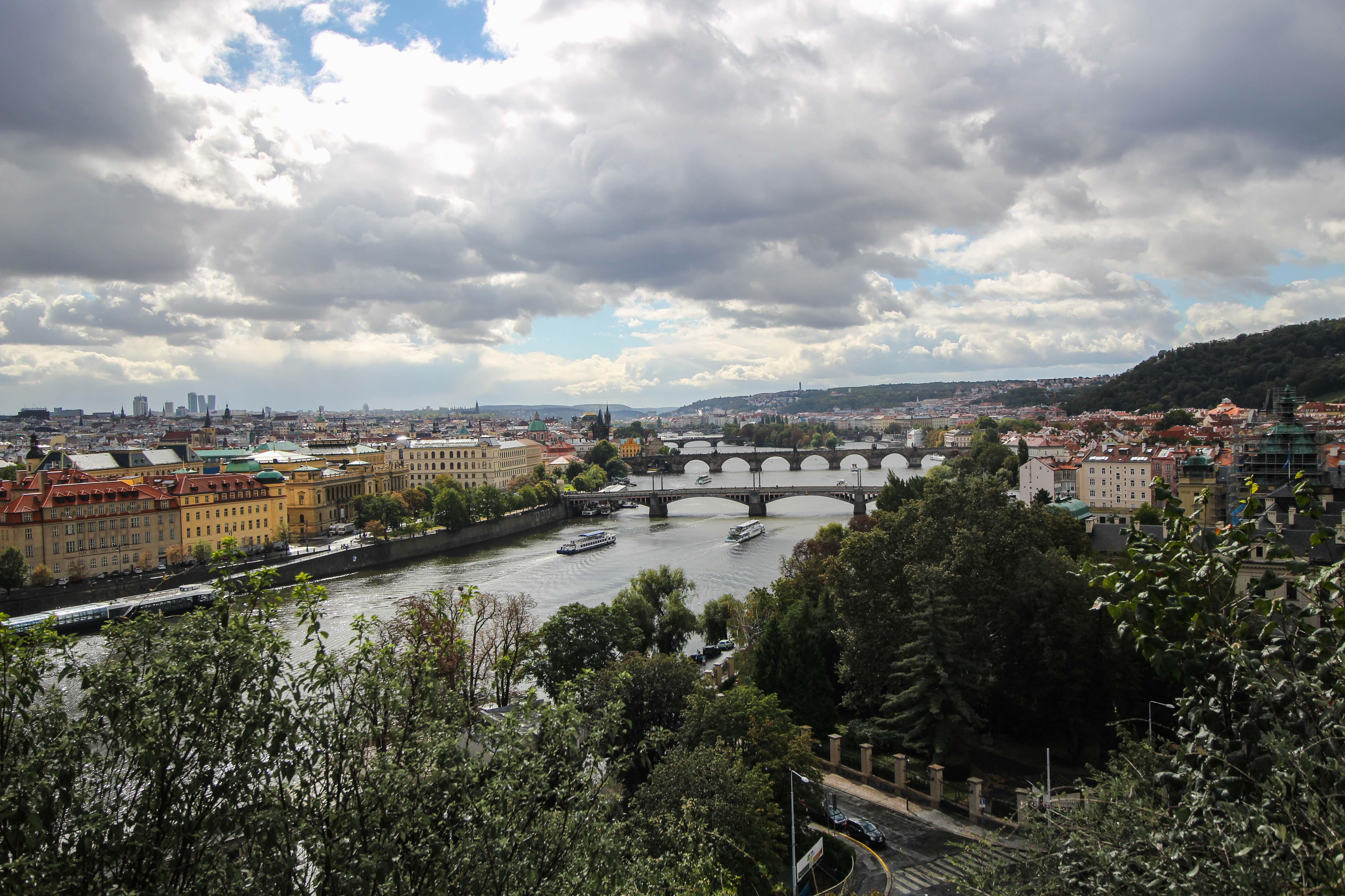 Top 10 Tipps Kurztrip Prag Letna Park Ausblick Blick Moldau Sehenswürdigkeiten Prag Insidertipps Reiseblog