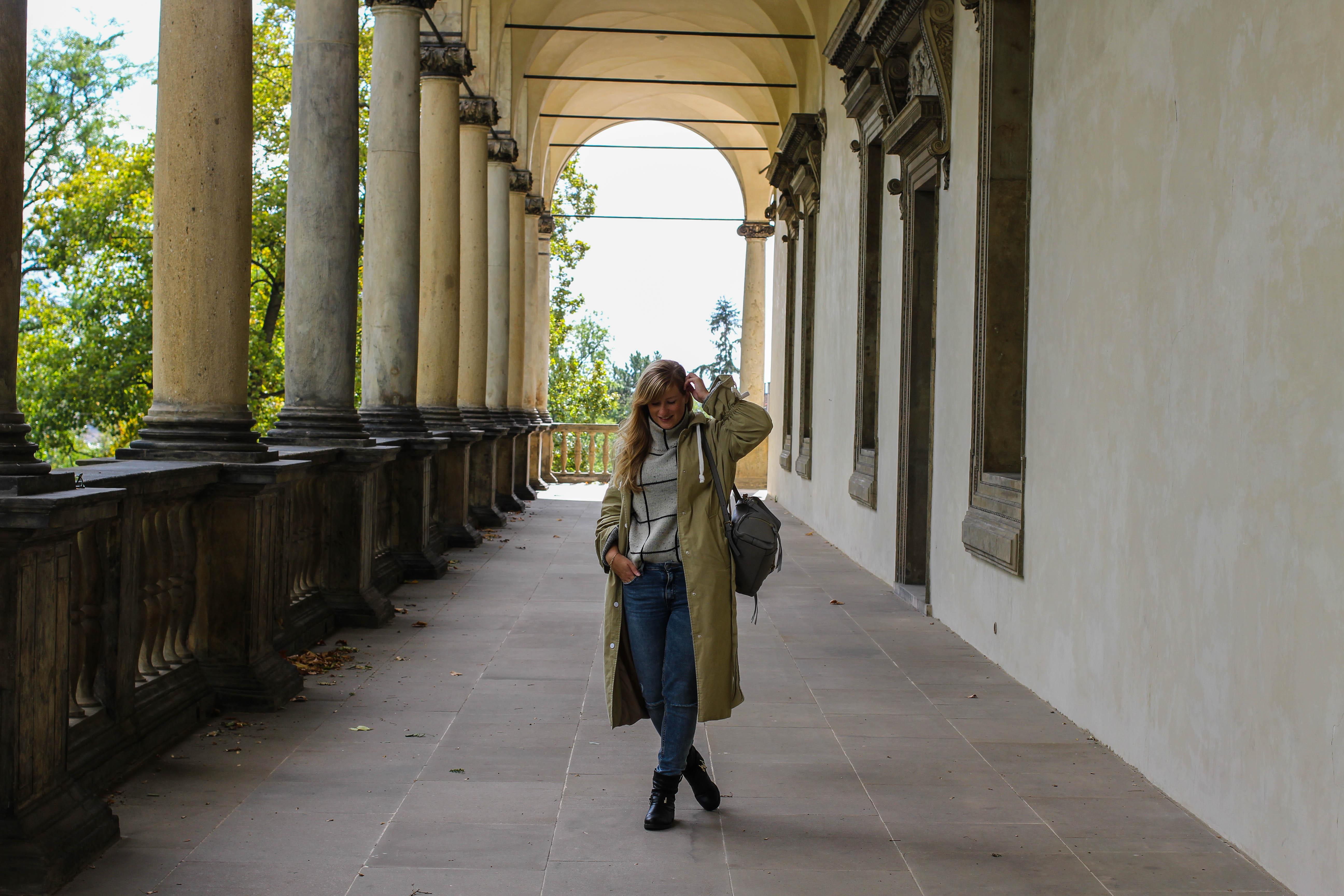 Top 10 Tipps Kurztrip Prag Sightseeing Outfit Oktober Sehenswürdigkeiten Prag Insidertipps Reiseblog 2