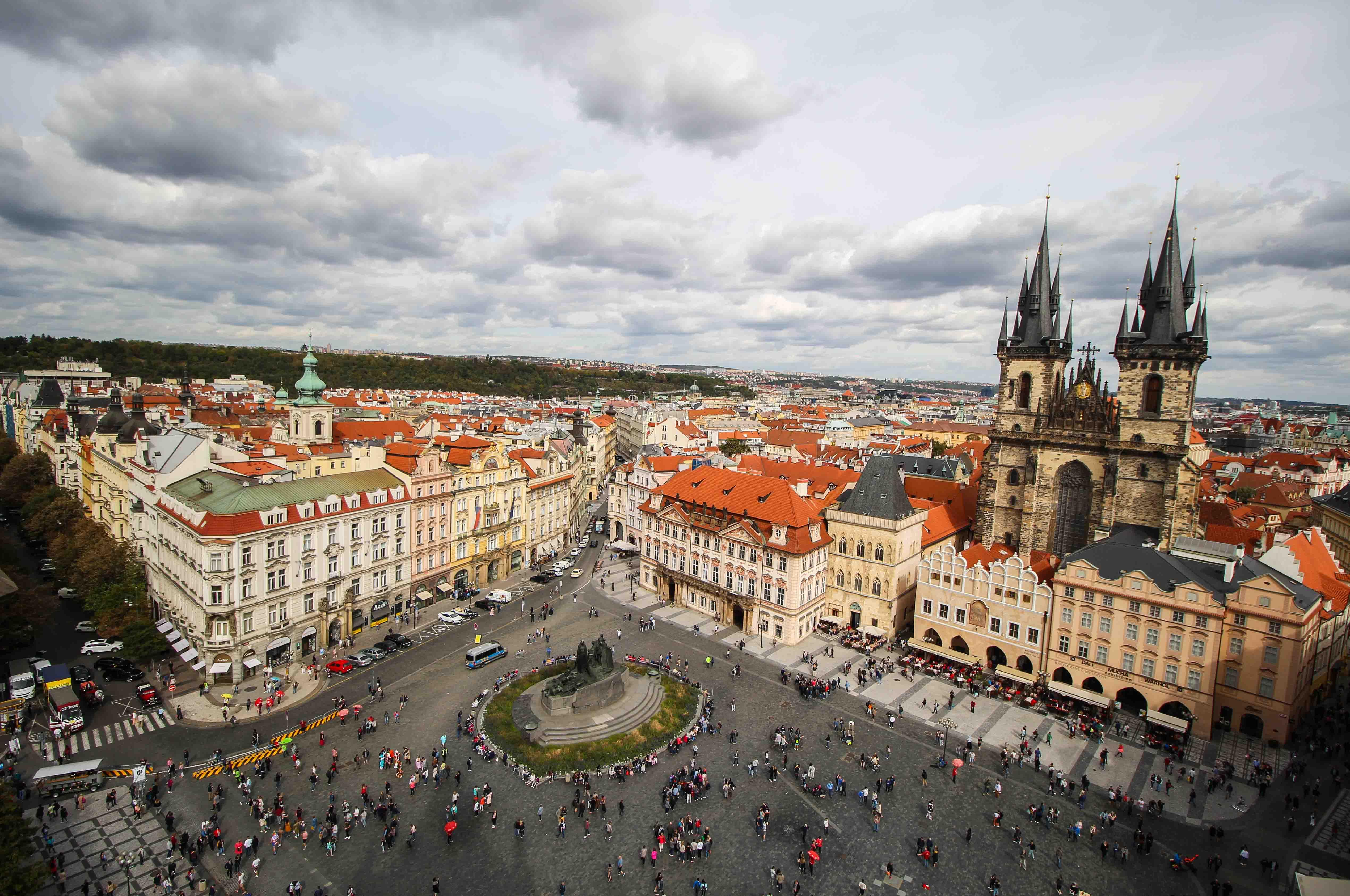 Top 10 Tipps Kurztrip Prag altes Rathaus Rathausturm Ausblick Sehenswürdigkeiten Prag Insidertipps Reiseblog Rathausplatz