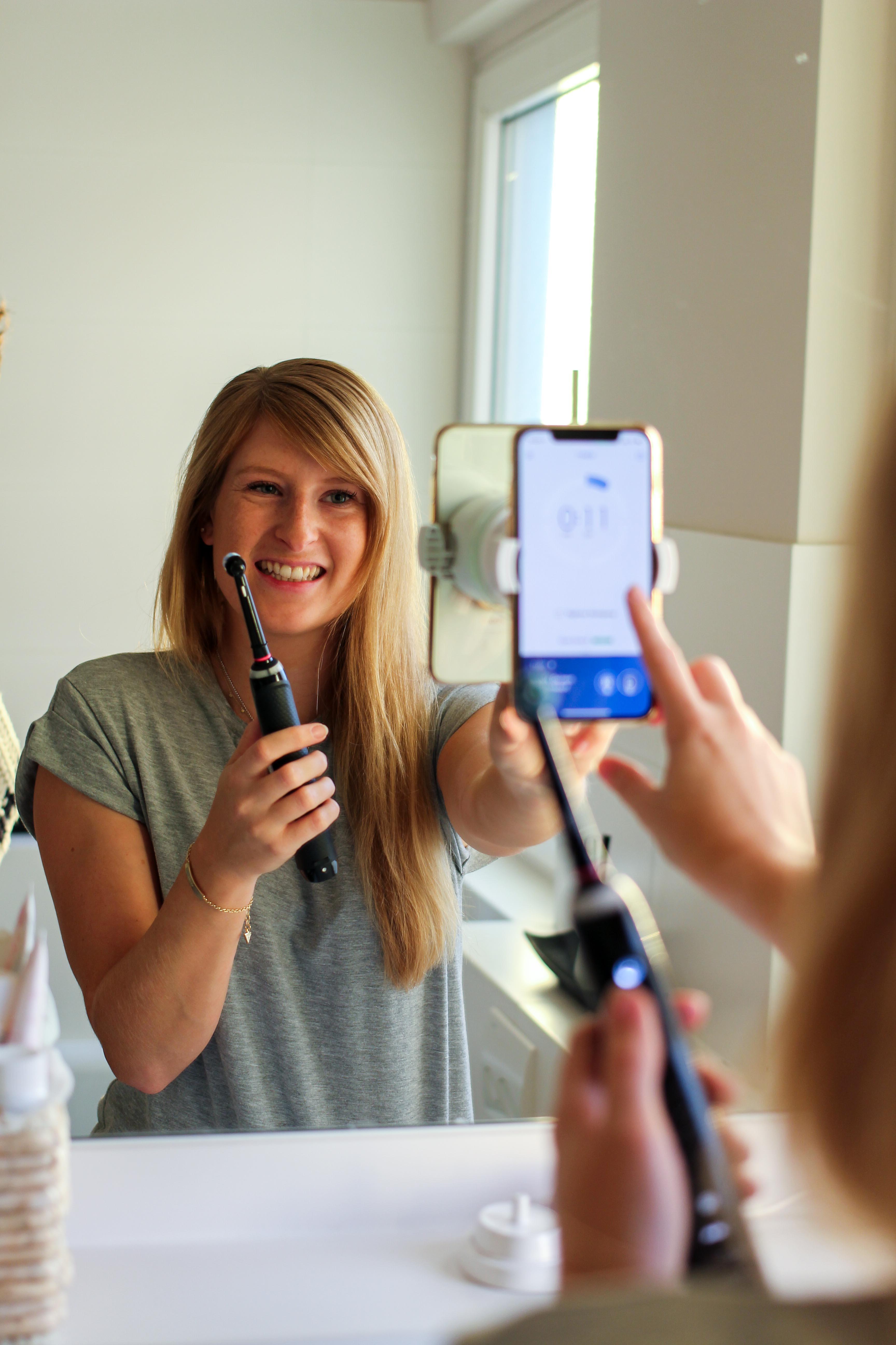 Aldi Adventskalender Gewinnspiel Oral-B Genius 10000N Black Edition ALDIventskalender elektrische Zahnbürste Weihnachtsgeschenk Blog Anwendung App 3