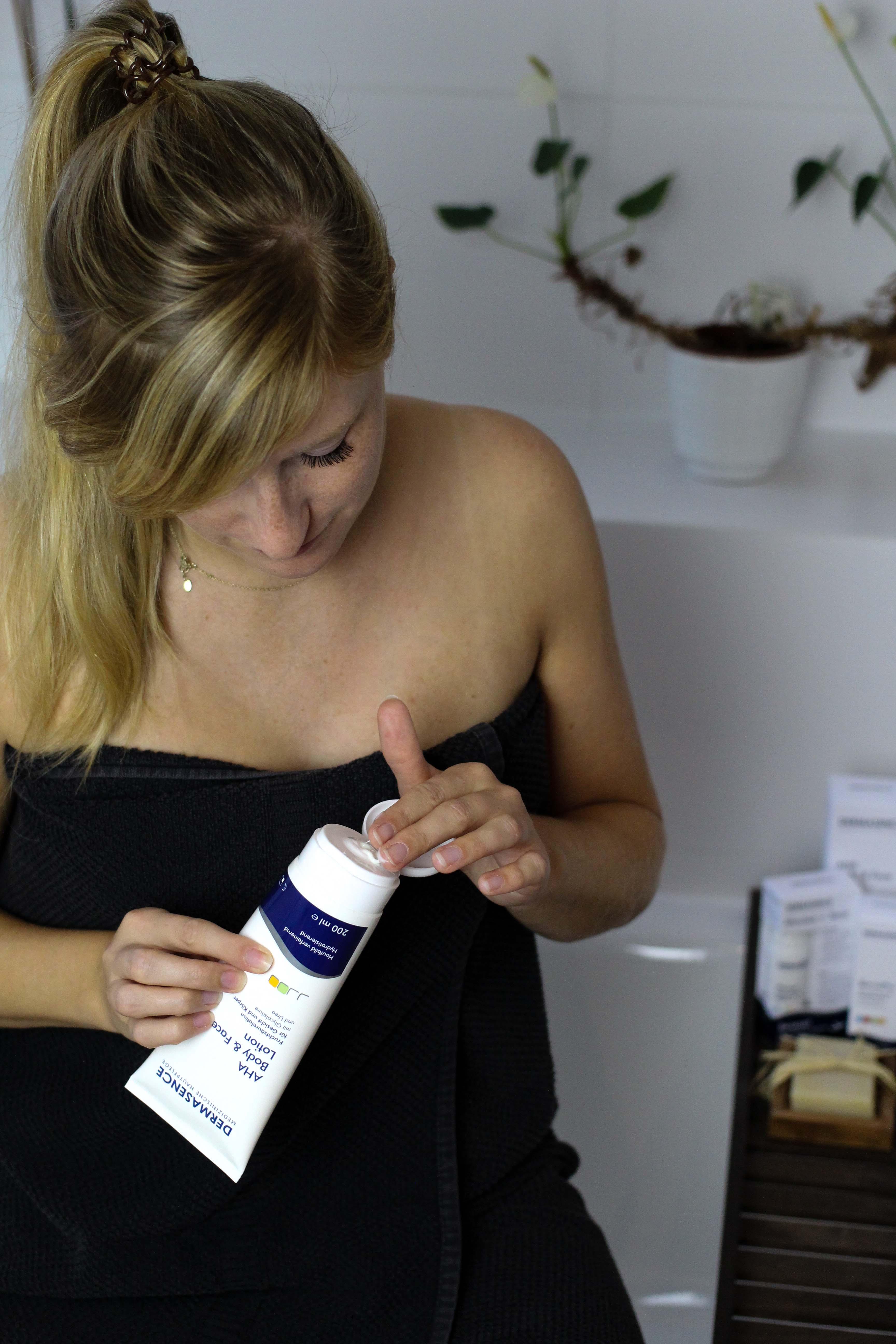 Blogger Adventskalender Gewinnspiel Dermasence Hautpflege Reisen Solvinea Med LSF 50 Beauty Blogger Tipps Anwendung