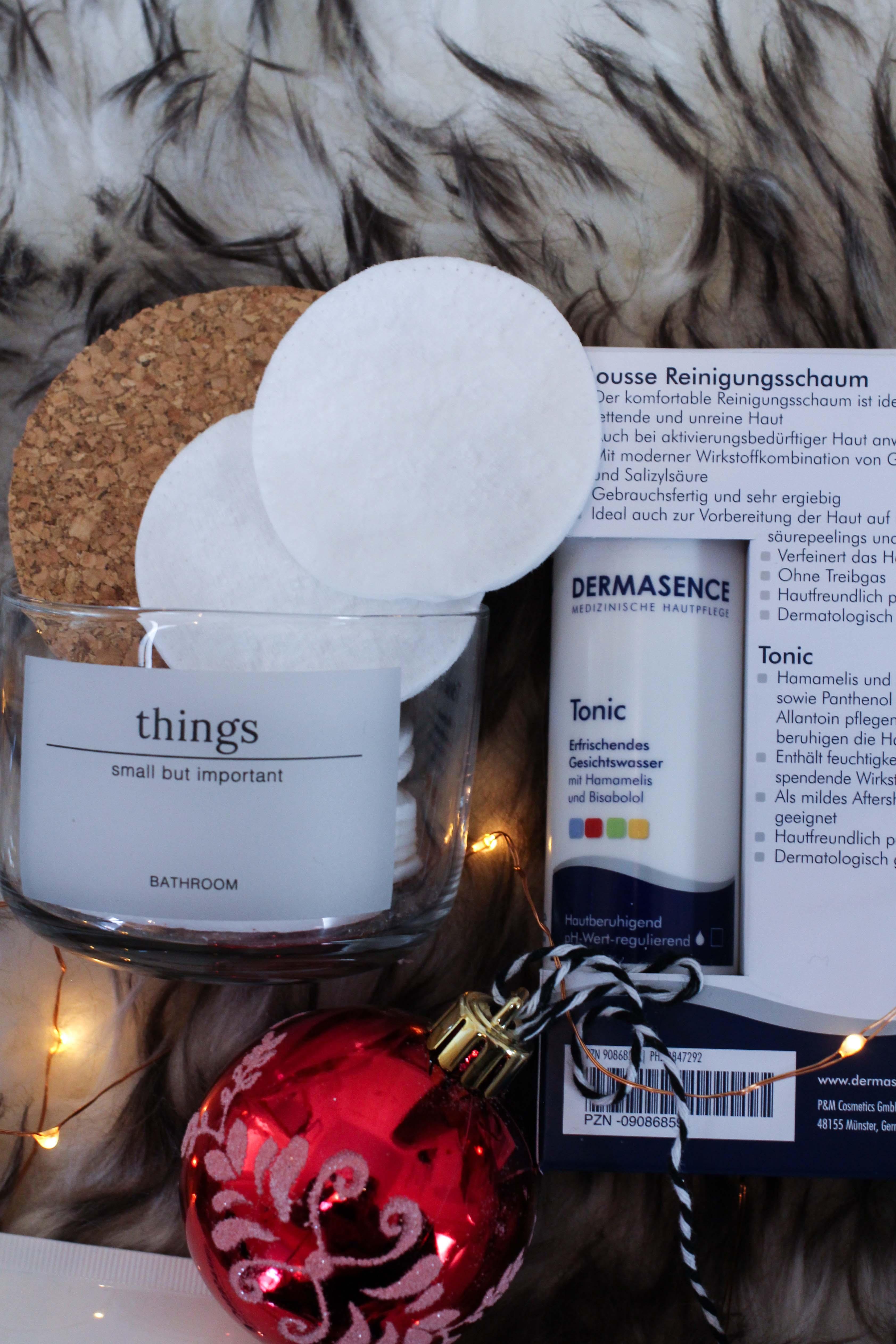 Blogger Adventskalender Gewinnspiel Dermasence Hautpflege Winter Urlaubs-Reiseset Tonic Mousse Reisegröße Beauty Blogger Tipps 2