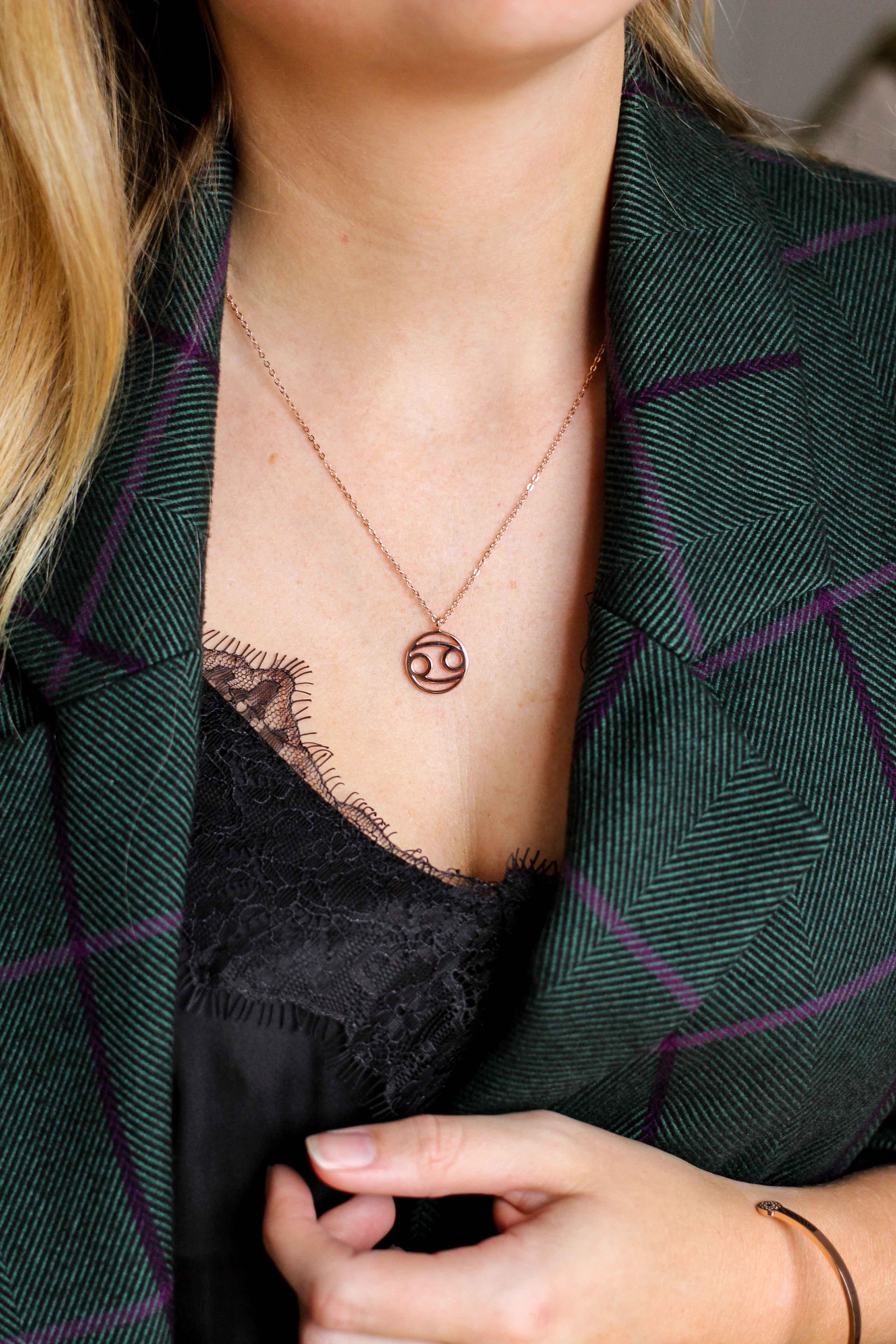 Blogger Adventskalender simple pledge Schmuck individualisieren Halskette Sternzeichen Armreif Blogger Deutschland 2