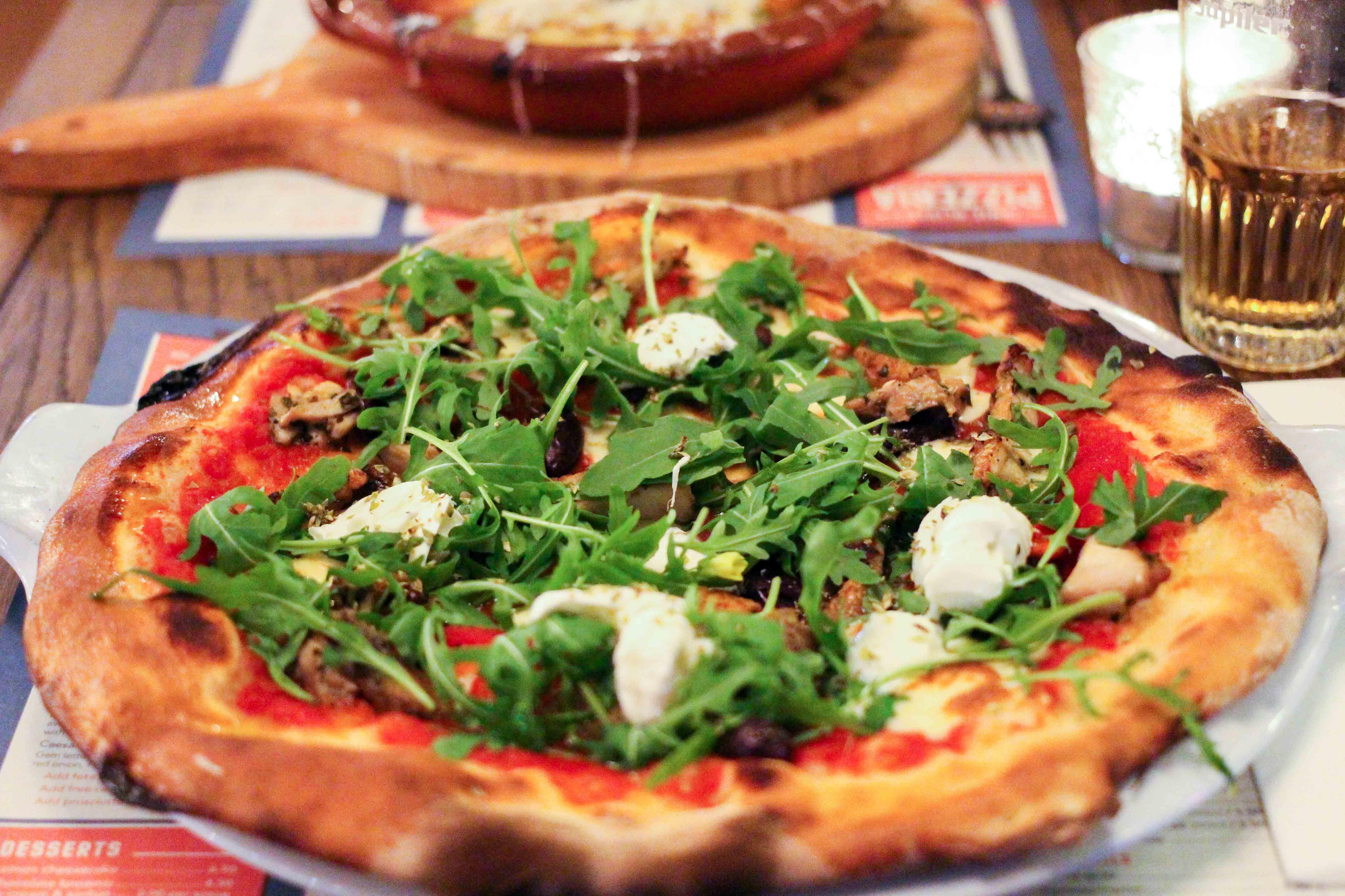Wochenendtrip Holland das andere Holland Arnheim Pizzeria Jamie Oliver italienisches Restaurant pizza