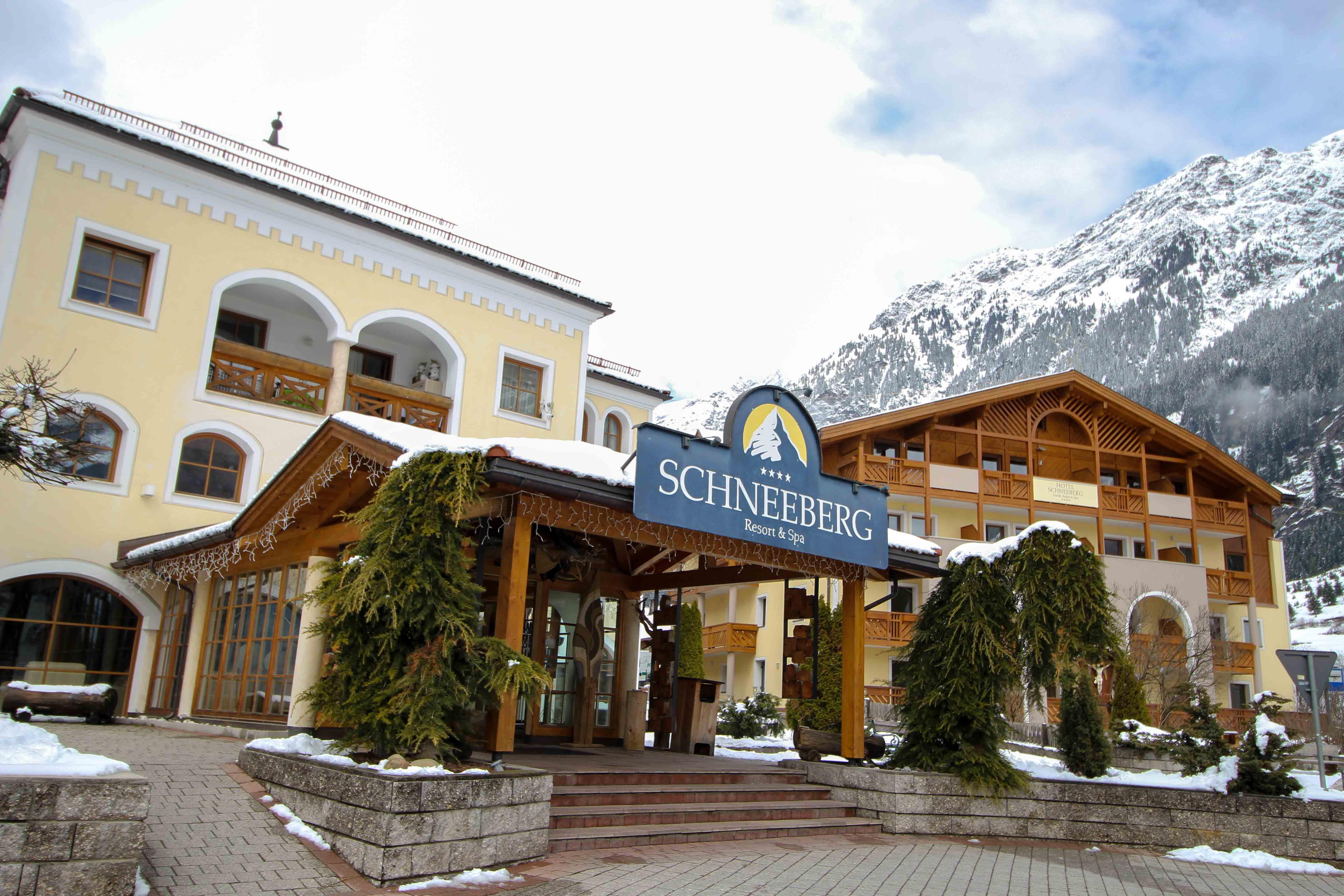 Südtirol Hotel Schneeberg Italien Wellnesshotel Reiseblog Wellnessurlaub Kurzurlaub Hotelempfehlung Skiurlaub Winterurlaub Berge