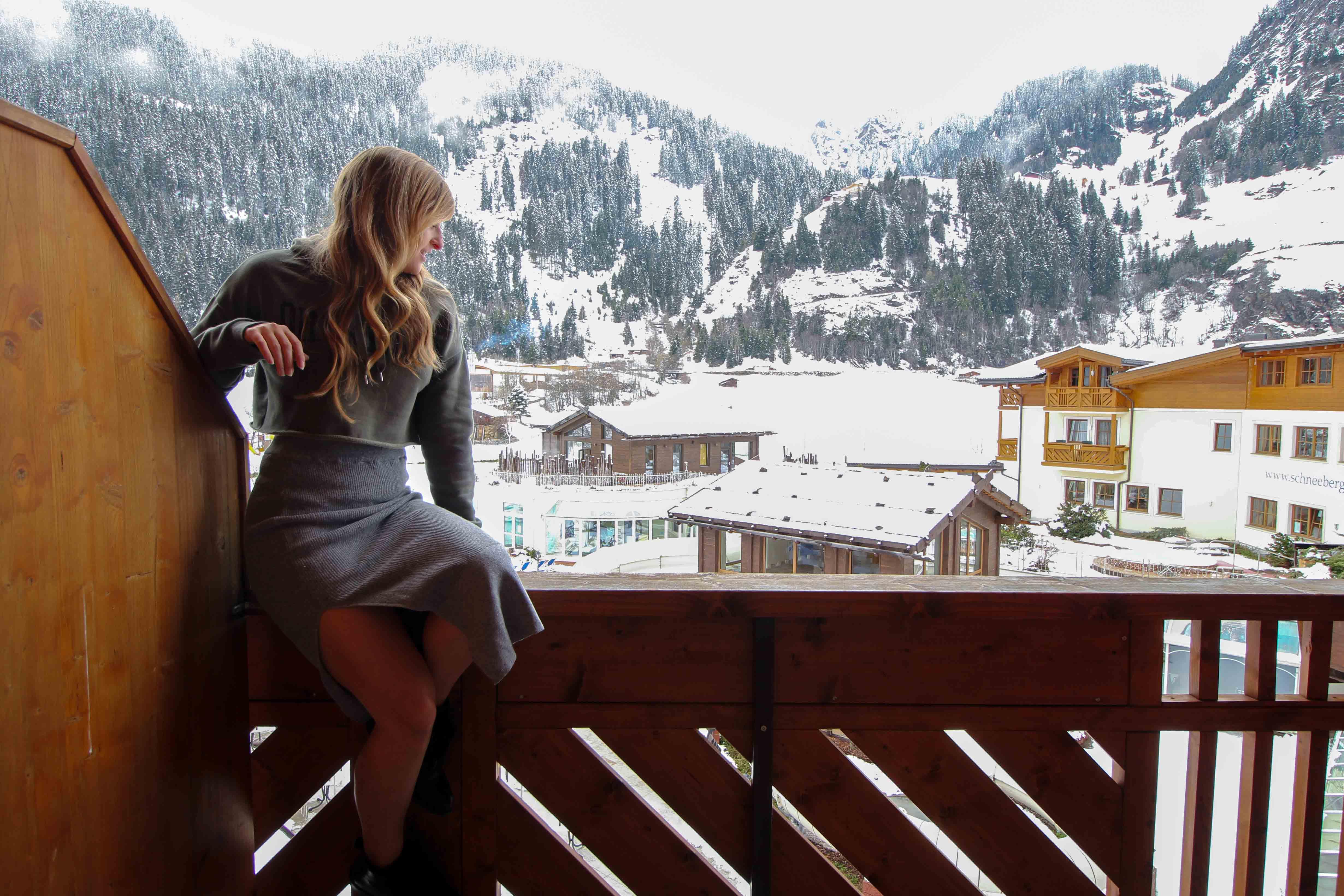 Südtirol Hotel Schneeberg Resort Spa Doppelzimmer Suite Ausblick Balkon Italien Wellnesshotel Reiseblog Wellnessurlaub Kurzurlaub Hotelempfehlung Skiurlaub Winterurlaub