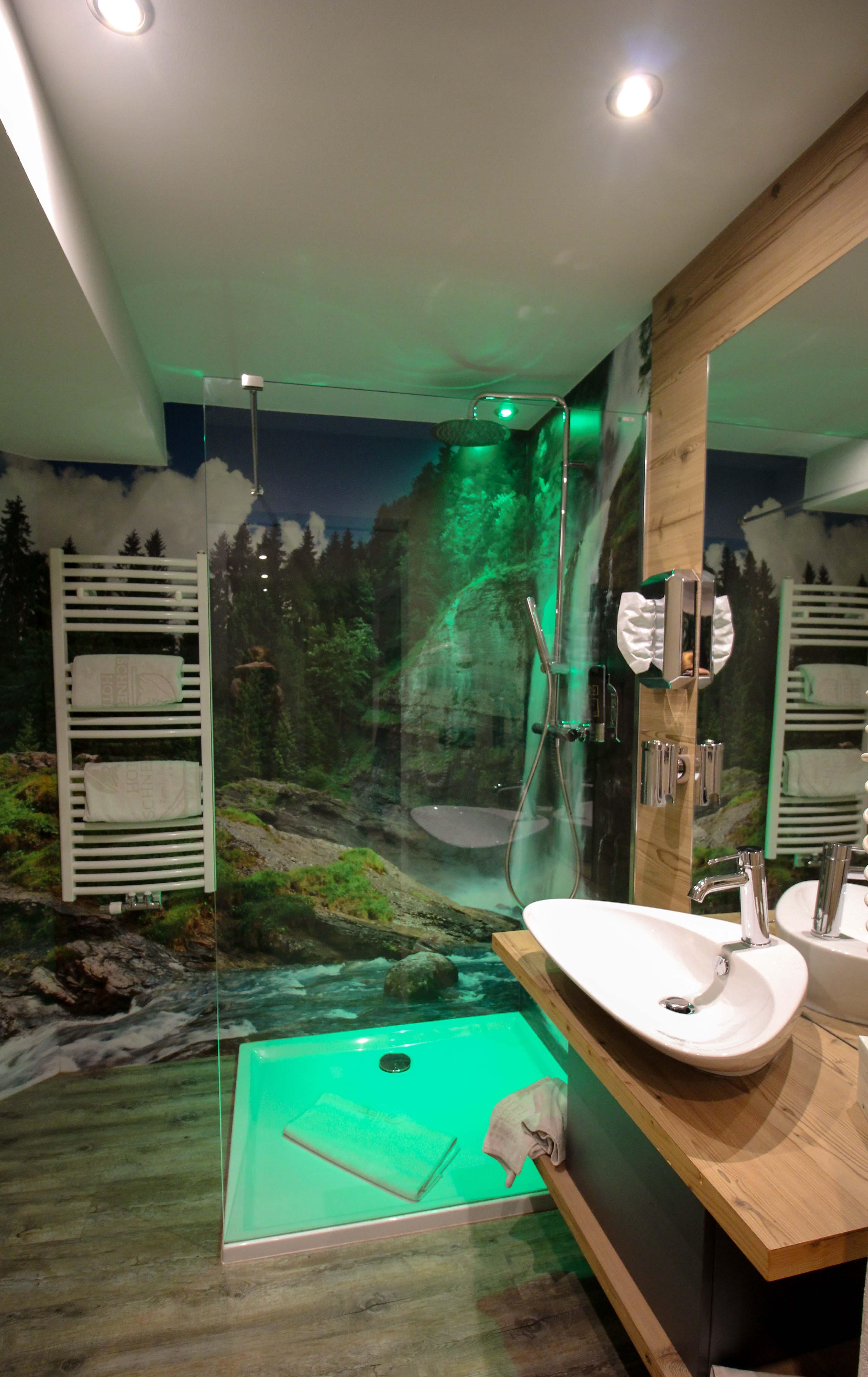 Südtirol Hotel Schneeberg Resort Spa Doppelzimmer Suite Badezimmer Italien Wellnesshotel Reiseblog Wellnessurlaub Kurzurlaub Hotelempfehlung Skiurlaub Winterurlaub.