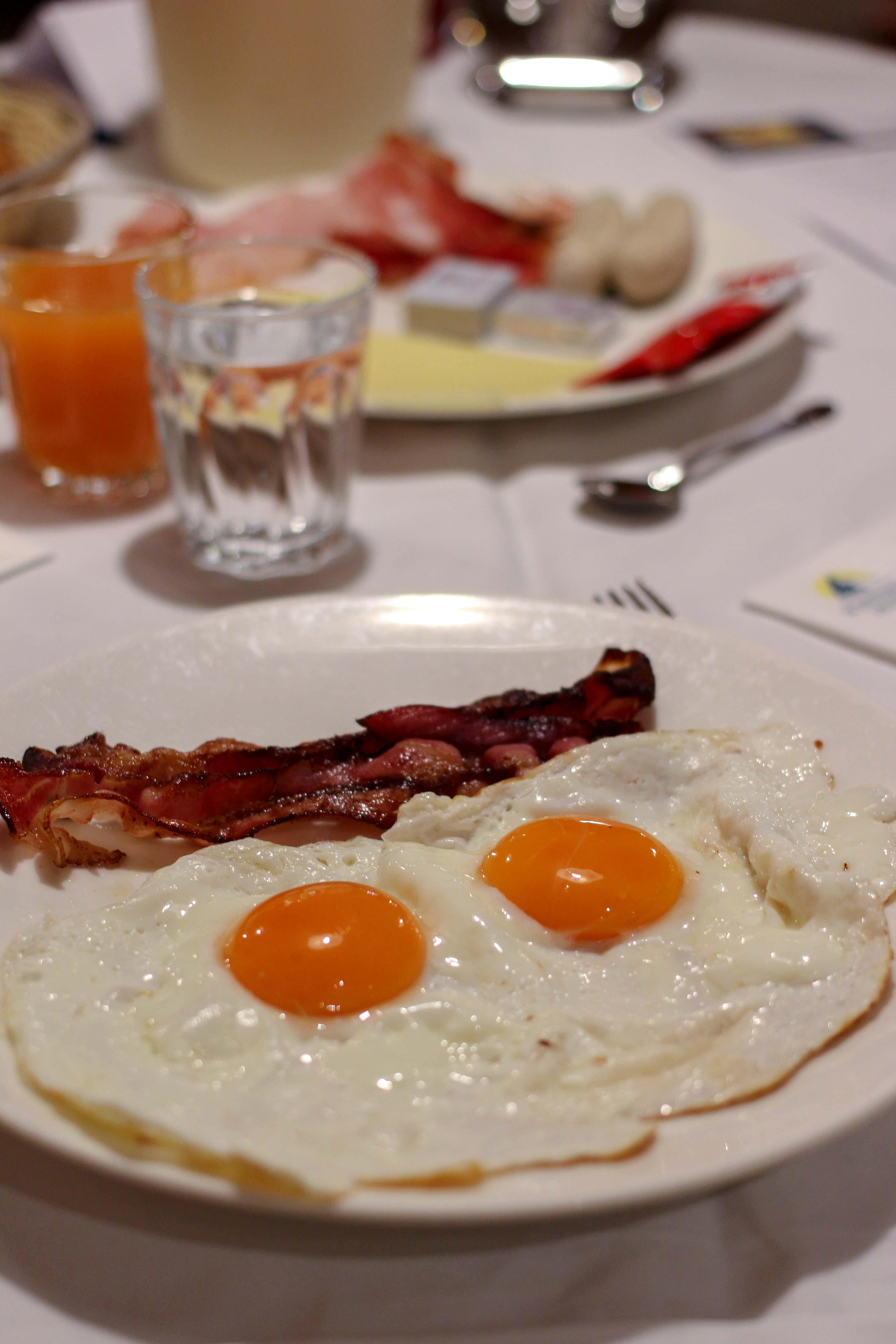 Südtirol Hotel Schneeberg Resort Spa Frühstück regional Frühstücksbuffet Italien Wellnesshotel Reiseblog Wellnessurlaub Kurzurlaub Hotelempfehlung Skiurlaub 2