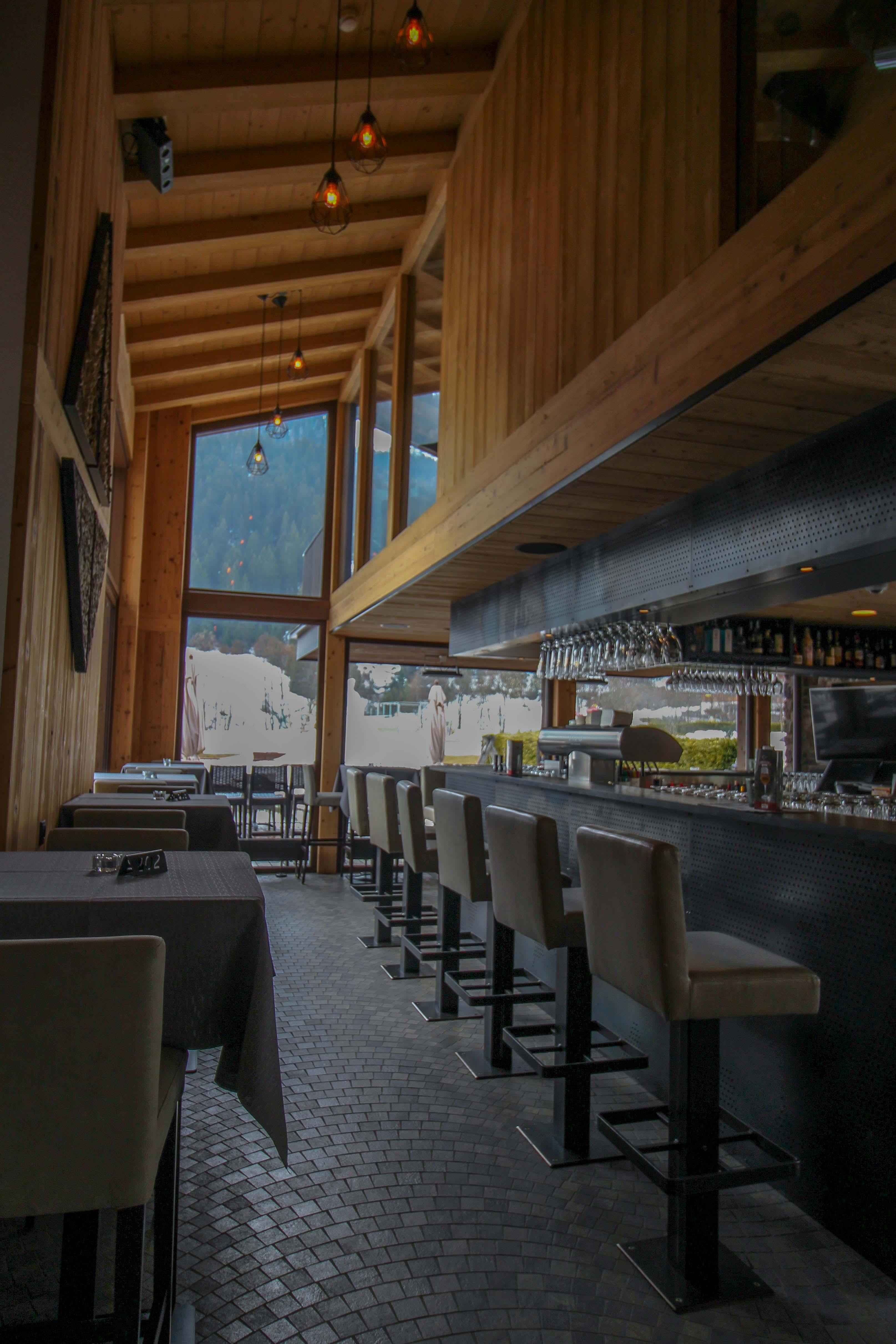 Südtirol Hotel Schneeberg Resort Spa Pizzeria Bar modern Italien ...