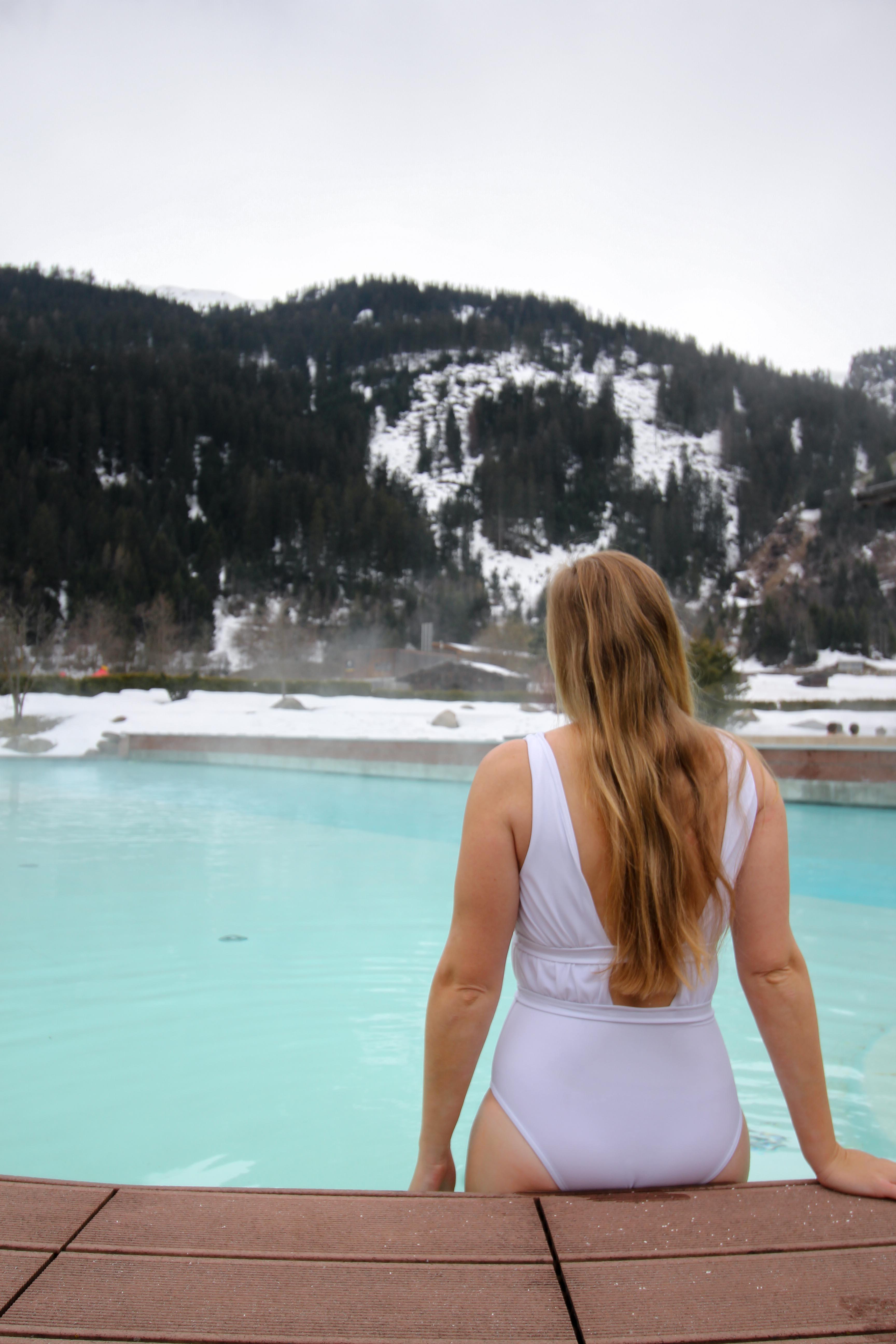 Südtirol Hotel Schneeberg Resort Spa Wellnessbereich Außenpool Italien Wellnesshotel Reiseblog Wellnessurlaub Kurzurlaub Hotelempfehlung