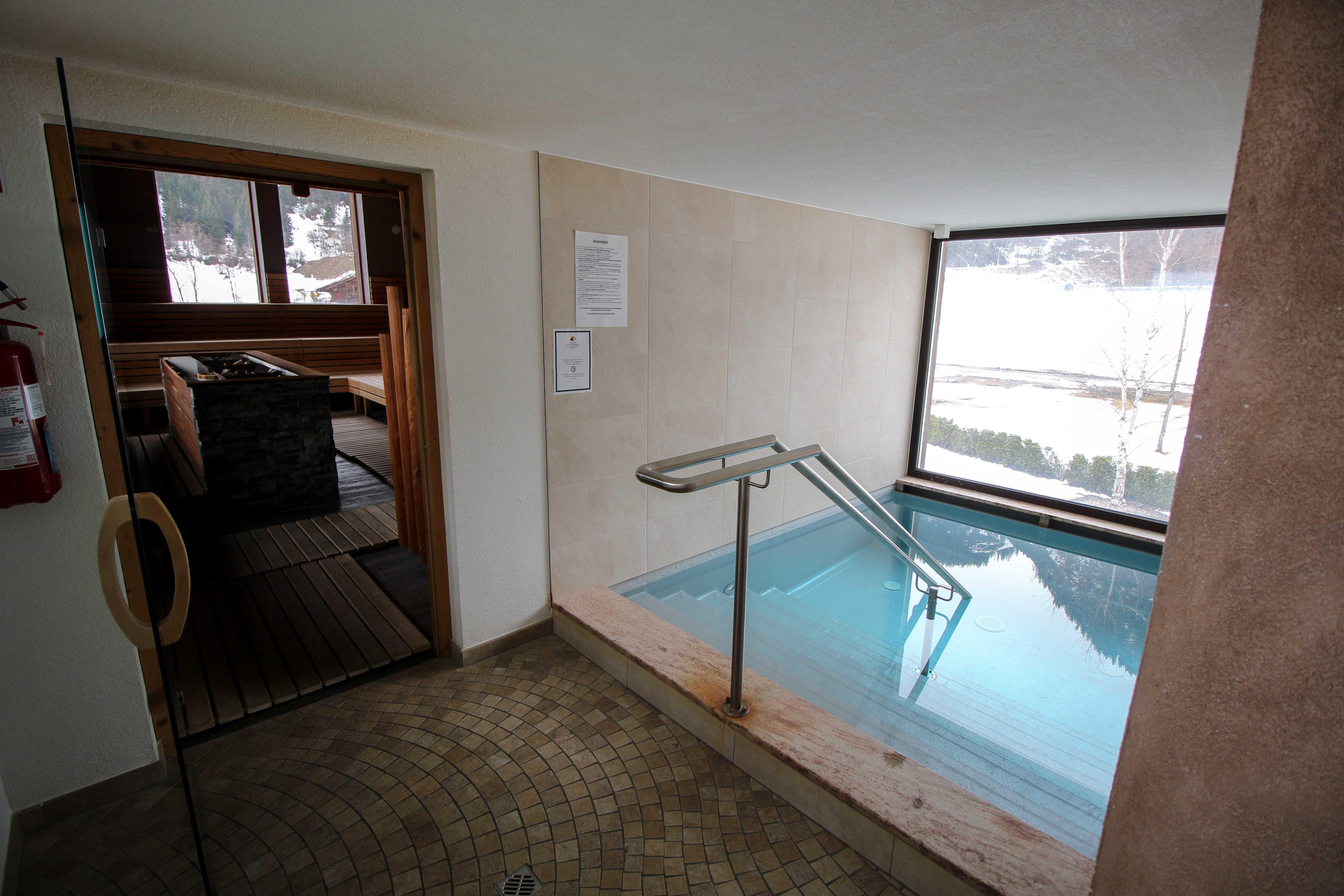 Südtirol Hotel Schneeberg Resort Spa Wellnessbereich Kältebecken italien Wellnesshotel Reiseblog Wellnessurlaub Kurzurlaub Hotelempfehlung Skiurlaub