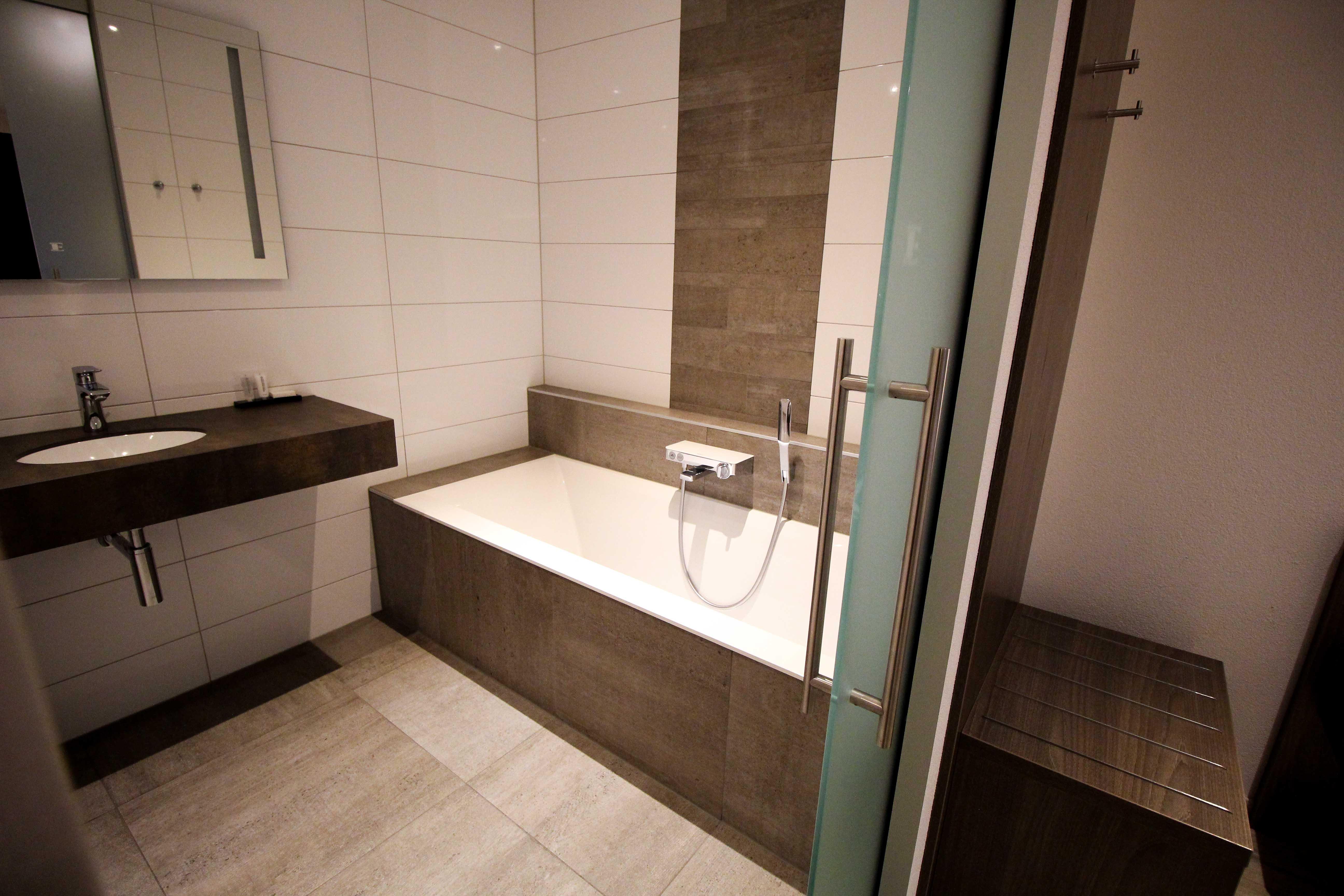 Wochenendtrip Holland Gelderland Hotel De Twee Linden Rivierenland das andere Holland Badezimmer Reiseblog