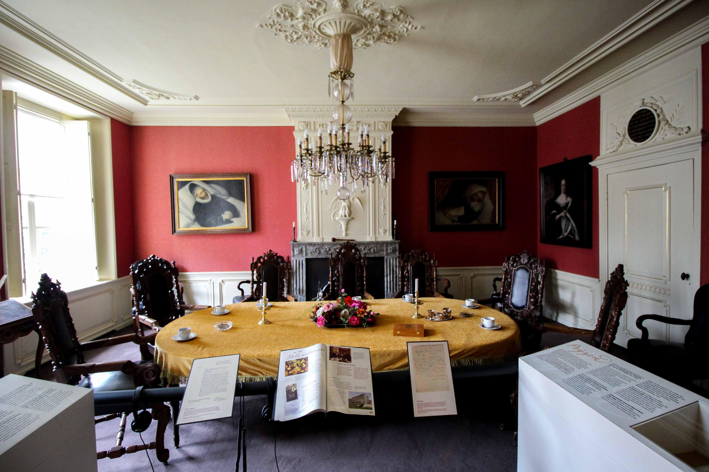 Wochenendtrip Holland Waisenhausmuseum Culemborg Elisabeth Weeshuis Museum Konferenzsaal das andere Holland Reiseblog Ausflug von Deutschland