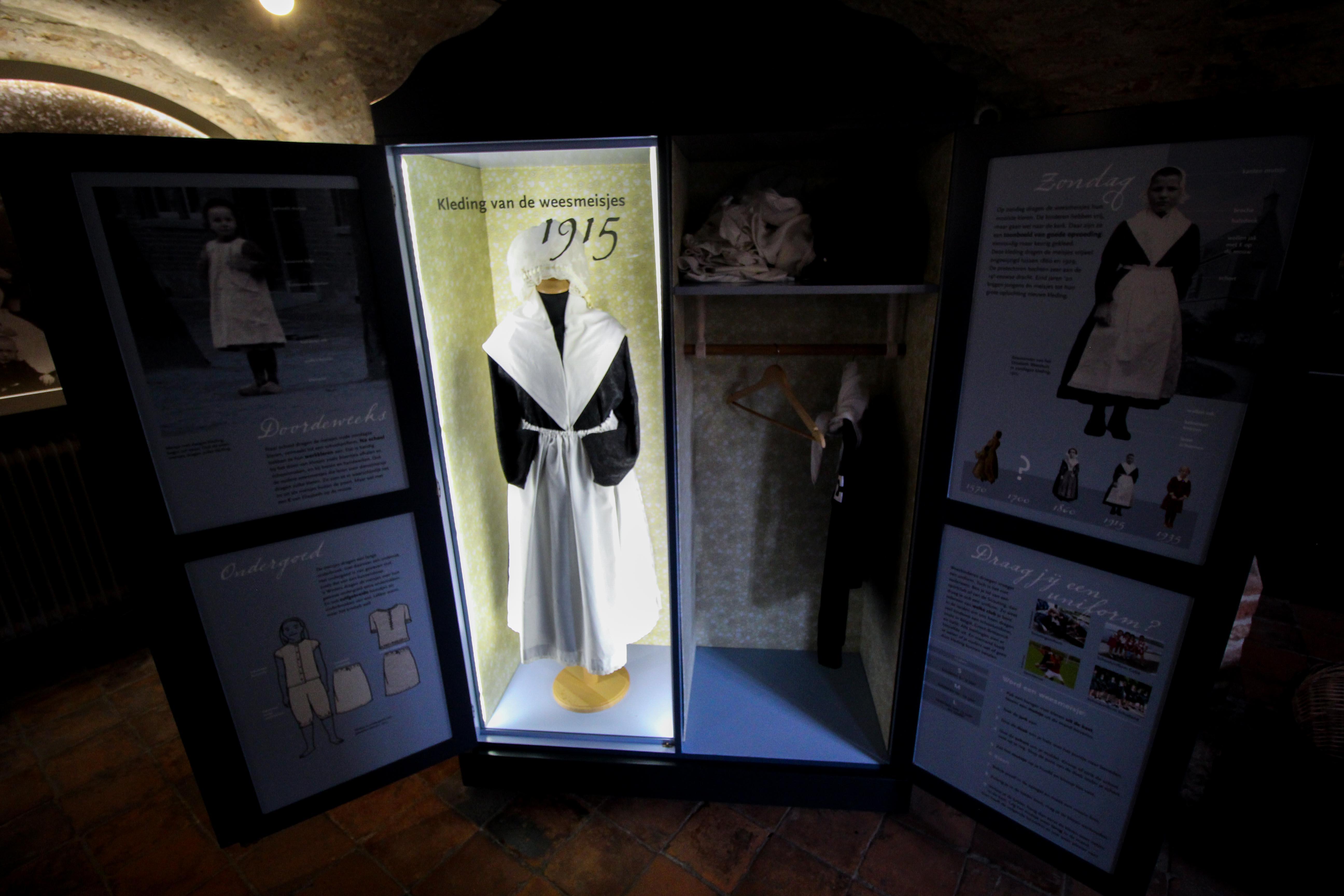Wochenendtrip Holland Waisenhausmuseum Culemborg Elisabeth Weeshuis Museum Uniform das andere Holland Reiseblog Ausflug von Deutschland