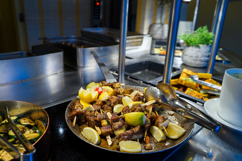 AROSA Restaurant Buffet AROSA VIVA Seine Flusskreuzfahrt Kreuzfahrtschiff Reiseblog
