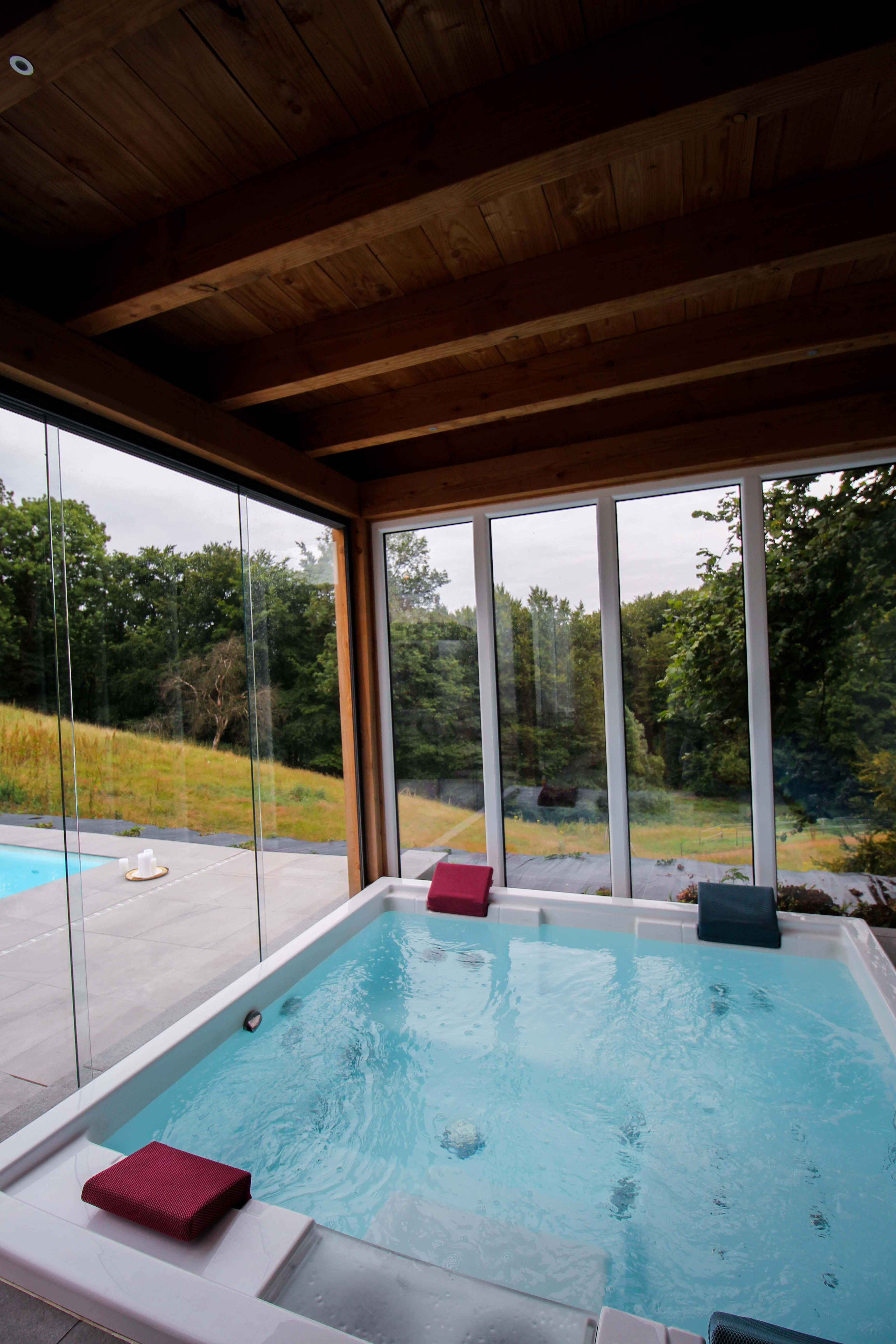 Geburtstagsfeier Location Villa Eifel Deutschland besondere Location JGA Villa mieten Muxerath Villa Steinshof Hasenhof Whirlpool