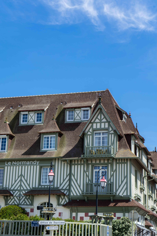 Hotel Fachwerkhaus Deauville Tipps Normandie Rundreise beste Reiseroute Seine Flusskreuzfahrt AROSA Sehenswürdigkeiten Sightseeing Reiseblog