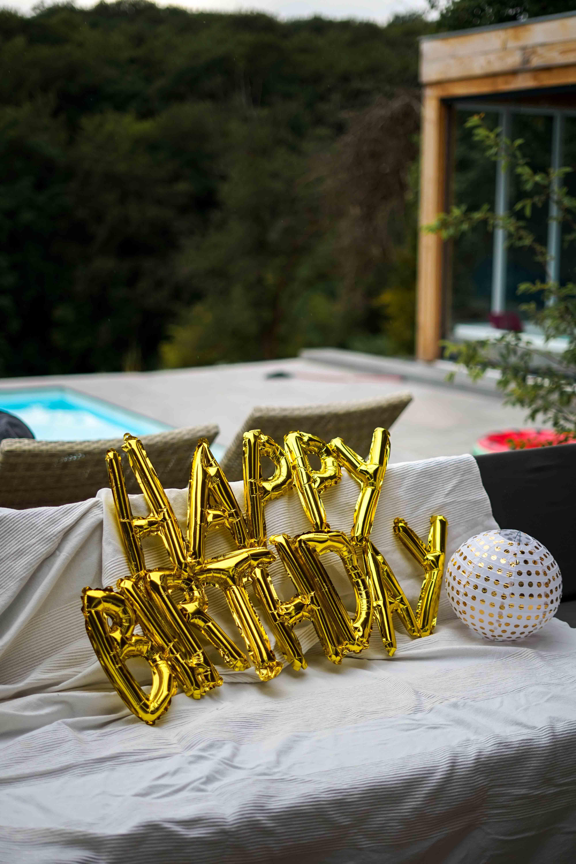 Motto 30ster Geburtstag Ibiza Golden Boho Partydekoration HEMA Geburtstagsdeko Happy Birthday Ballon Schrift