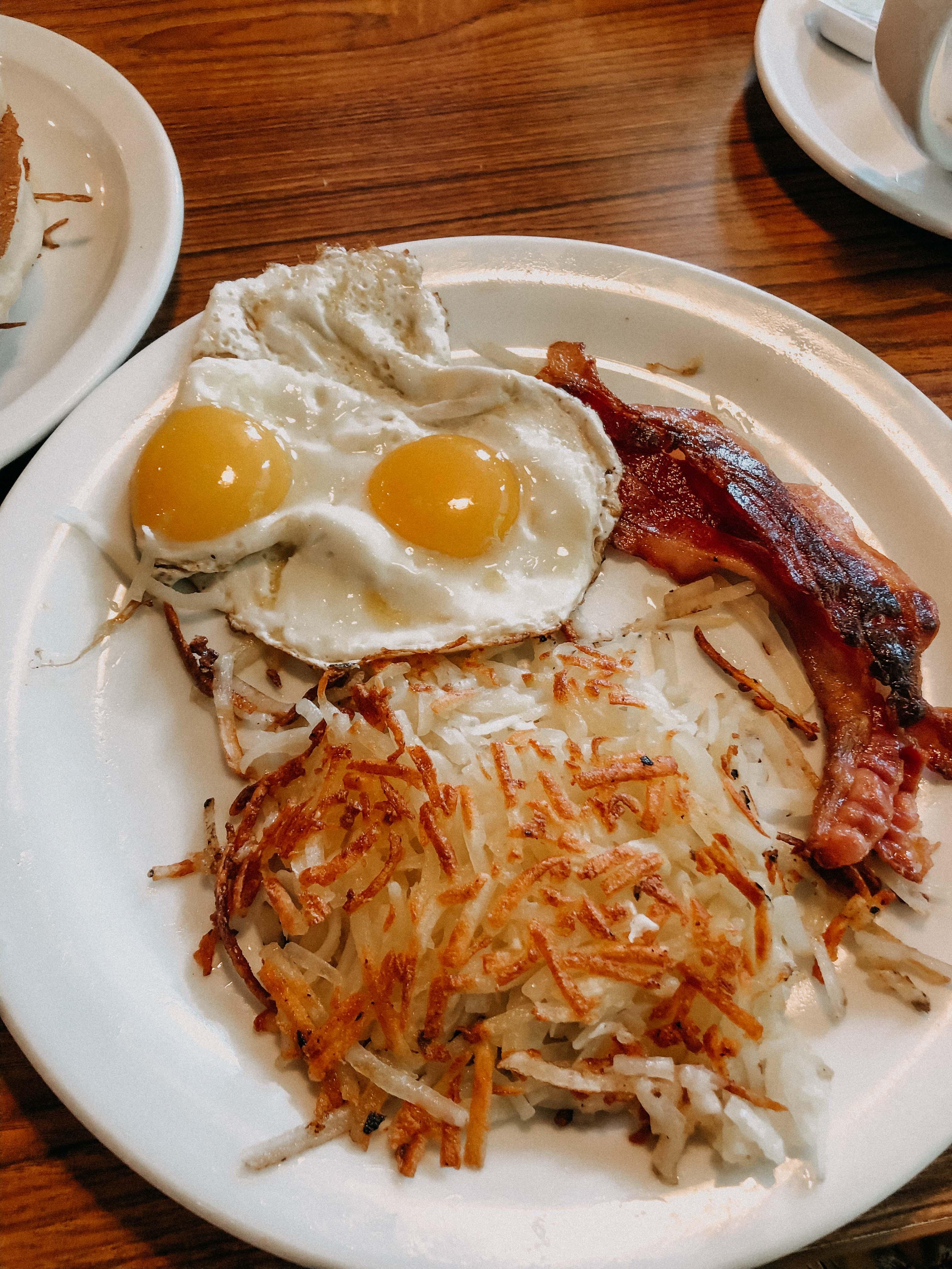 Top Insider Tipps Los Angeles Frühstücken günstig Essen gehen Eier Speck Denny`s Diner Reiseblog