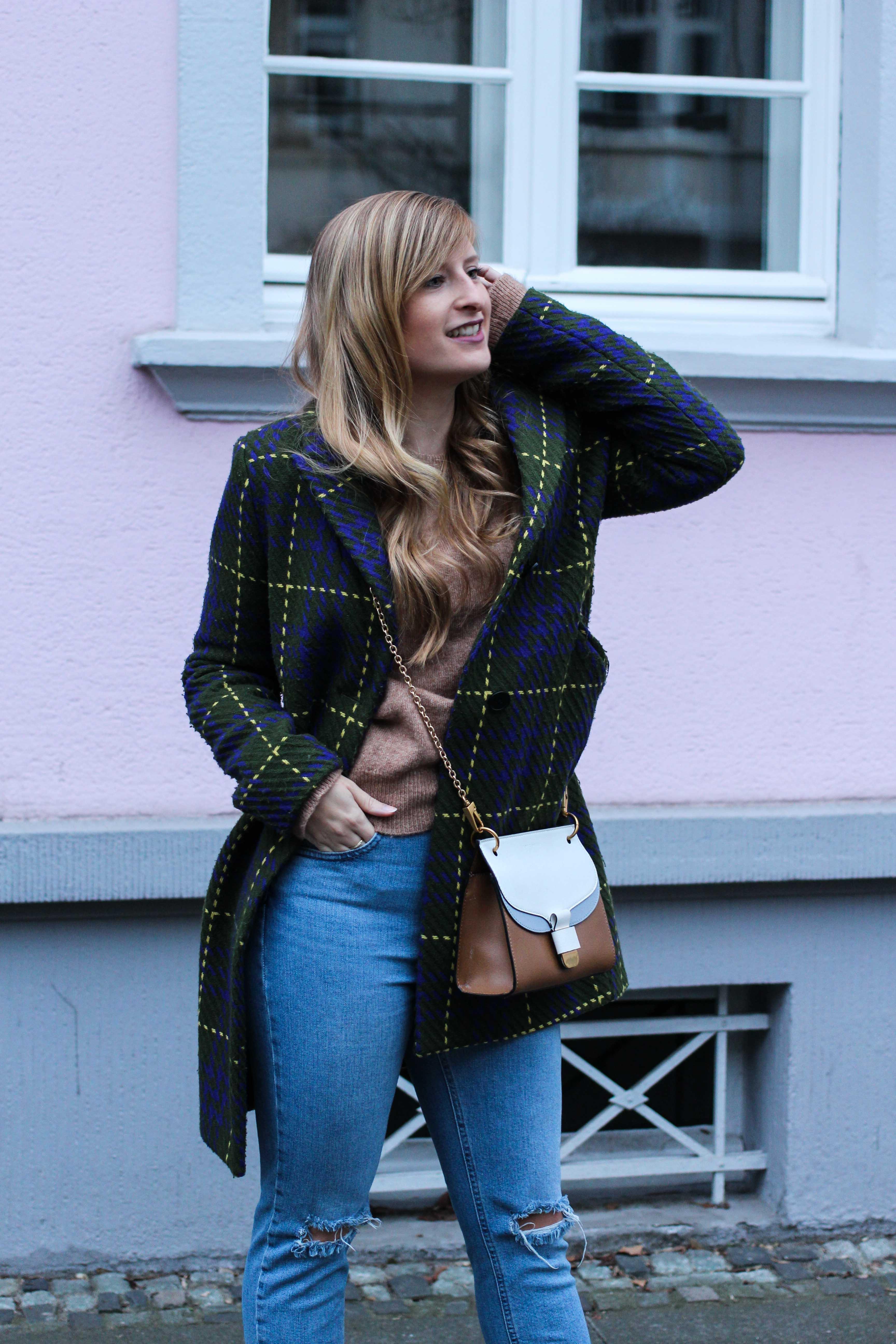 Herbst Must-Have 2019 Karomantel. Herbstmode Herbsttrend Mantel karriert Modeblog Outfit Herbst Fashion Blog Bonn 91