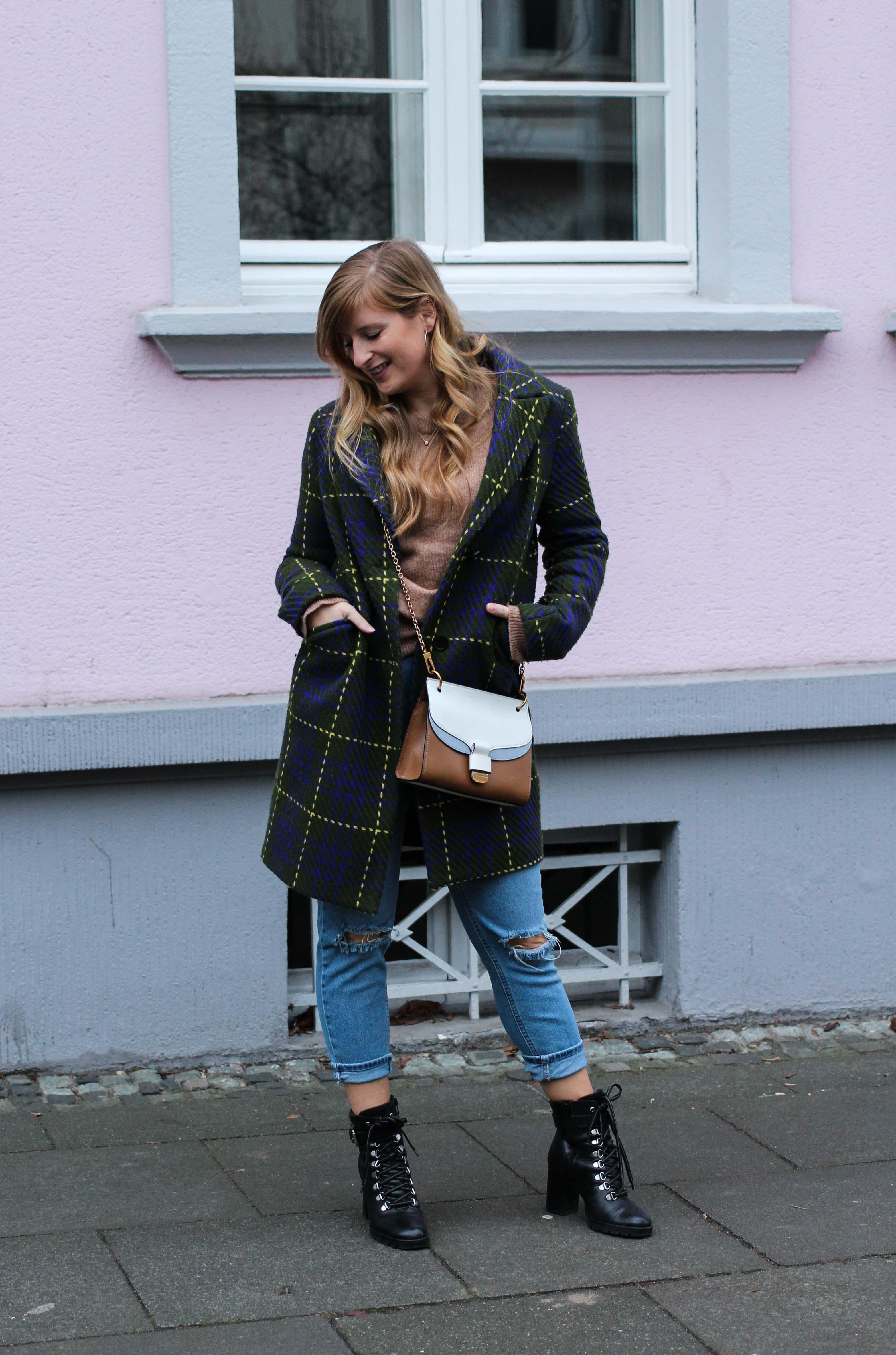 Herbst Must-Have 2019 Karomantel. Herbstmode Herbsttrend Mantel karriert Modeblog Outfit Herbst Fashion Blog Bonn 92