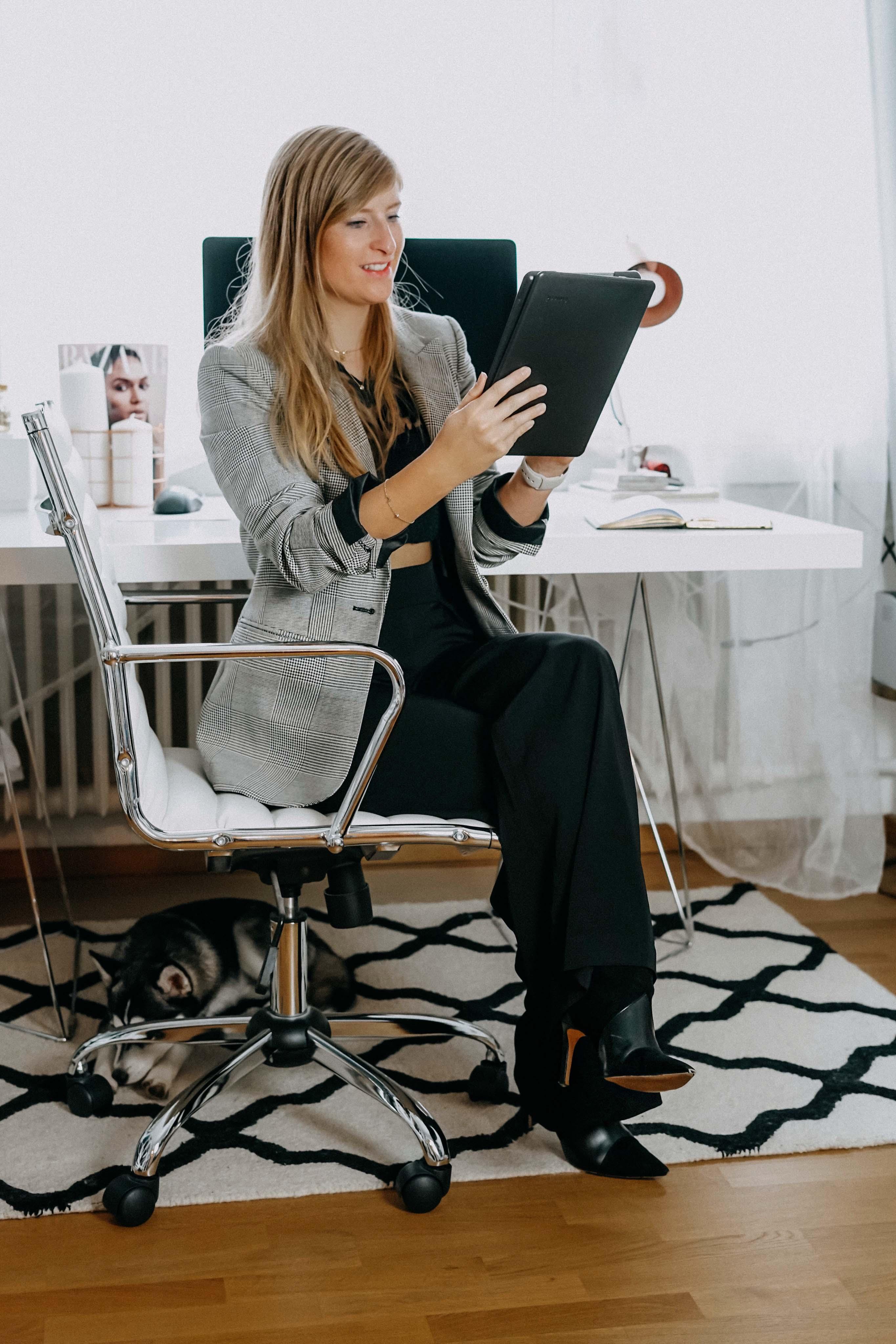 Karriere Tipp Vortrag halten Management Meetings Business Women Karrierefrau Was beachten Vortrag Regeln-2