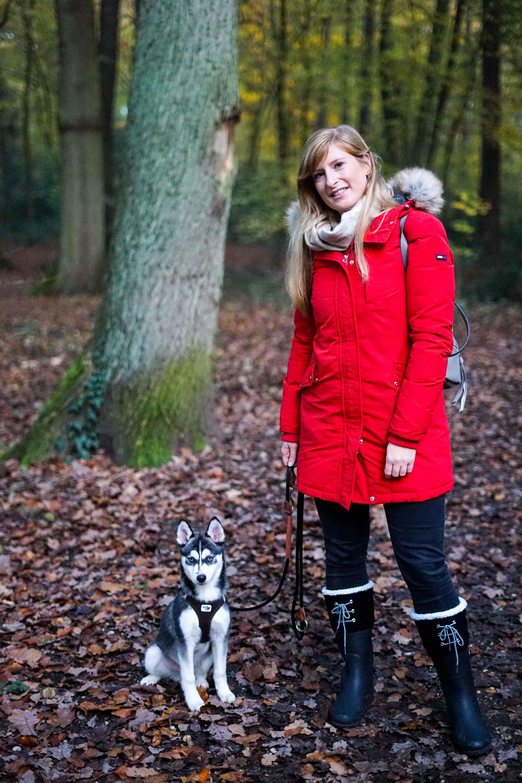 Winterstiefel Trend 2019 Wintertrends Winter Outfit Gummistiefel gefüttert wandern Hund Pomsky Kottenforst Bonn Blog 94