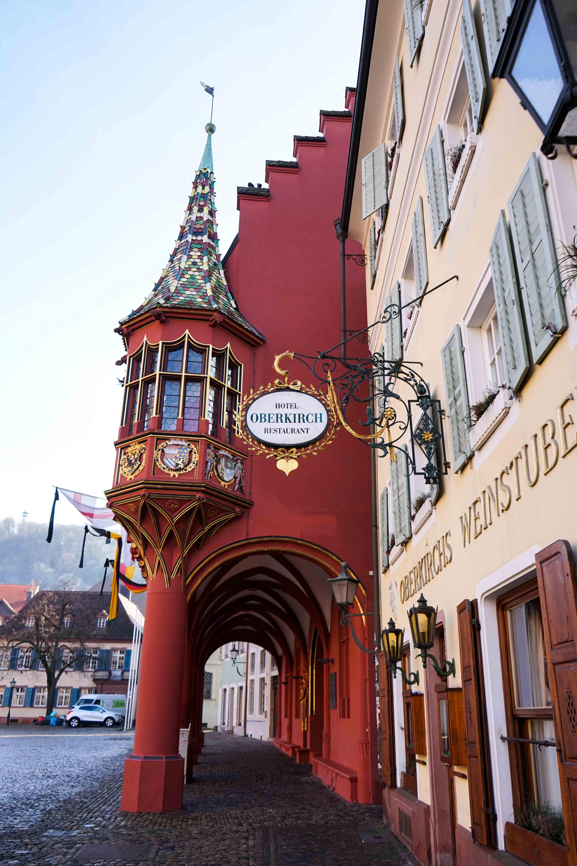Freiburg Sehenswürdigkeiten Wochenendtrip Freiburg historische Kaufhaus Reiseblog Freiburg Tipps