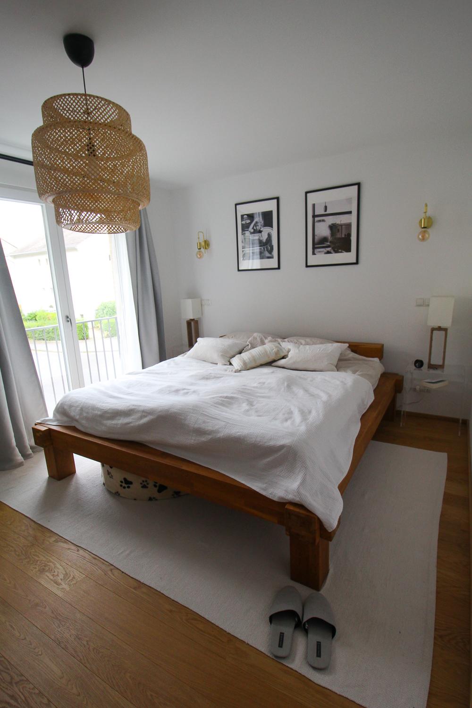 Schlafzimmer Ideen Inspiration Schlafzimmer gestalten skandinavisch Balkenbett hell weiß