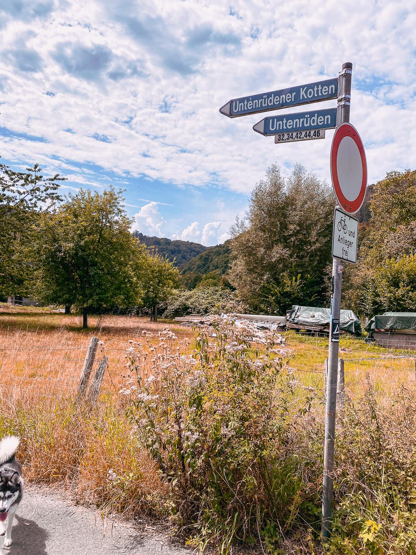 Wandern im Bergischen Land NRW Rundwanderweg Rüden Wanderroute einfach Wupper Reiseblog 2q