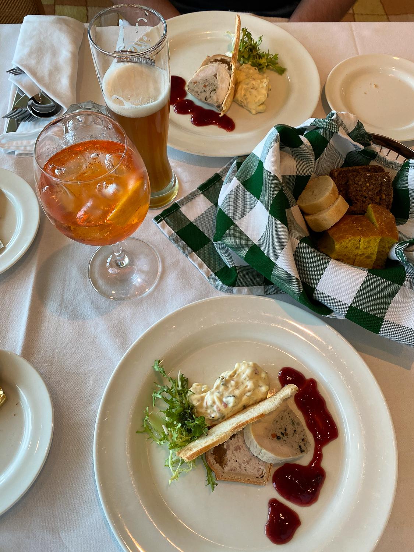 AROSA Flusskreuzfahrt Frankreich A-rosa Bella Restaurant Dinner 4 Gänge Menü Rhône Saône