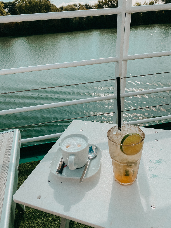 AROSA Flusskreuzfahrt Frankreich A-rosa Bella Schiff Deck Premium Getränkepaket Cocktail Kaffee Rhône Saône entdecken