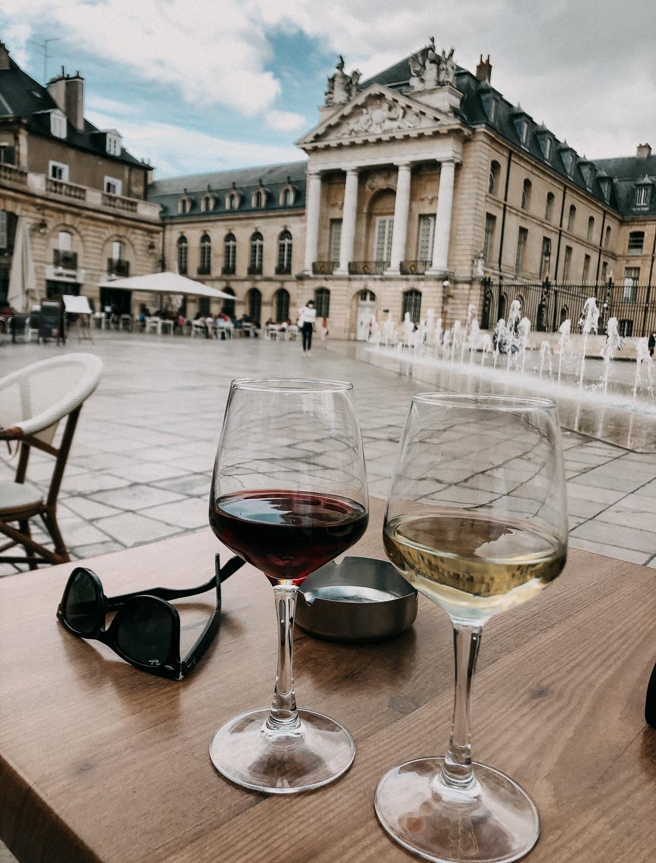AROSA Flusskreuzfahrt Frankreich Ausflug Dijon Chardonnay Hauptplatz Dijon Tipps Sehenswürdigkeiten 2