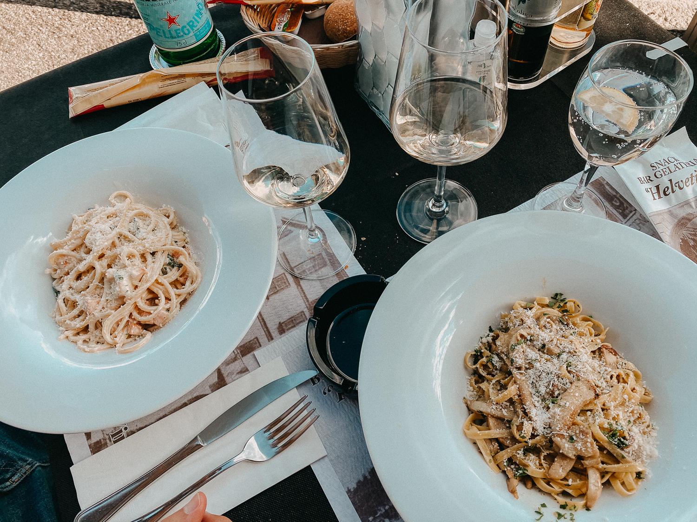Comer See Restaurant Tipps Tremezzo Bar Gelateria helvetia Restaurant italienisch Essen Reiseblog Pasta