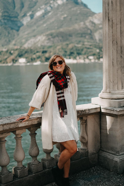 Herbstlook Cardigan Burberry Schal Karo Pomsky Modeblog Bellagio Herbst Outfit 5