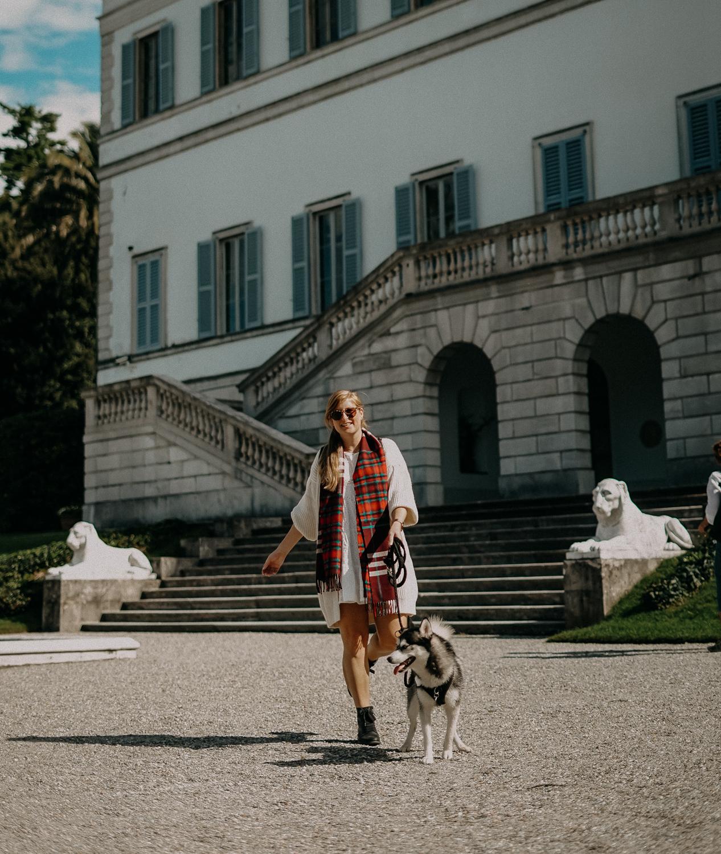 Herbstlook Cardigan Burberry Schal Karo Pomsky Modeblog Bellagio Herbst Outfit 6