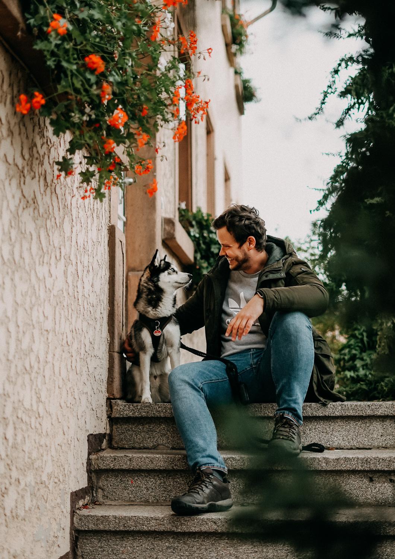 Reisen mit Hund Wochenendtrip Deutschland mit Hund Landidyll Hotel Klostermühle Pfalz Reiseblog Pomsky 2