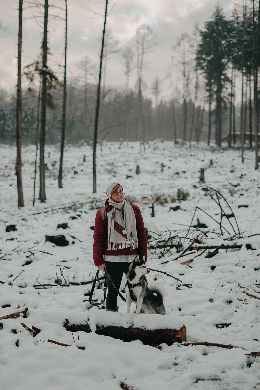 Winterwanderung Siebengebirge Winterlook Wanderlook Schnee Pomsky Fashion Blog Deutschland 2