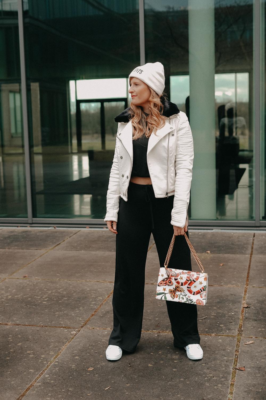 How to style Jogger Streetwear Home Wear Streetstyle kombinieren Modeblog Bonn Outfit 1