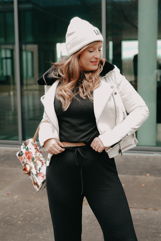 How to style Jogger Streetwear Home Wear Streetstyle kombinieren Modeblog Bonn Outfit 4