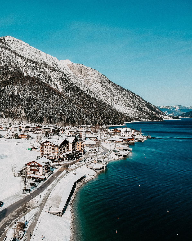 Reisen-mit-Hund-Achensee-wandern-Oesterreich-Pertisau-Rundreise-Reiseblog-Achensee-Tipps-Schnee