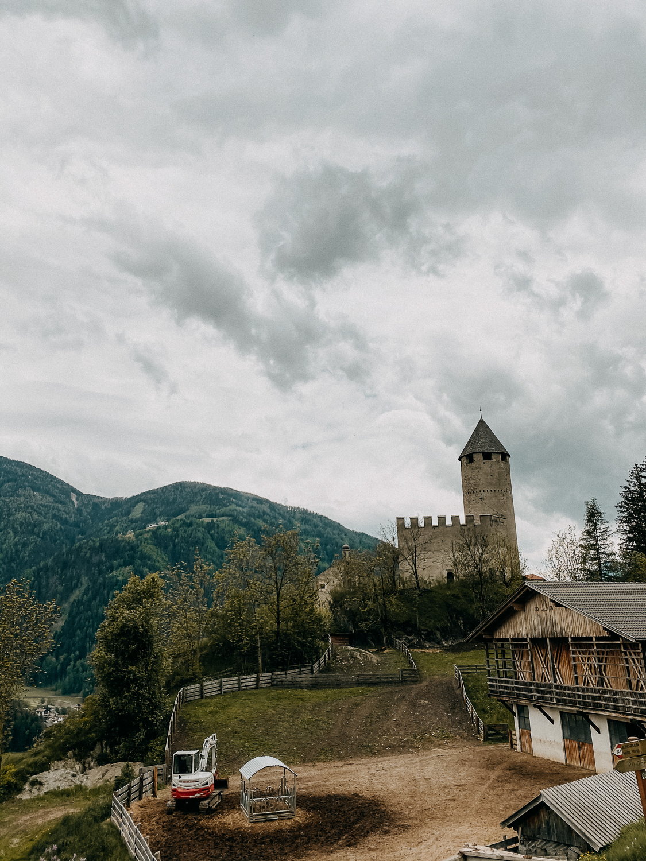 Urlaub Südtirol Tipps Wanderung beste Ausflüge Schloss Sprechenstein Reiseblog 1