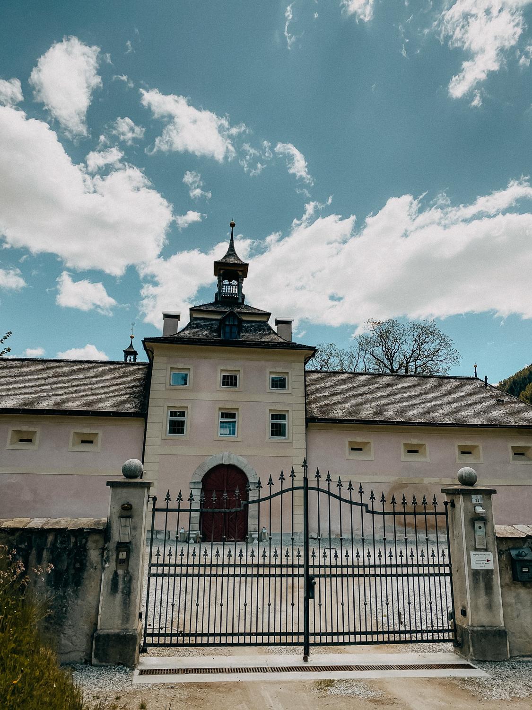 Urlaub Südtirol Tipps Wanderung beste Ausflüge Schloss Wolfsthurn Klamm Wanderung Reiseblog 2