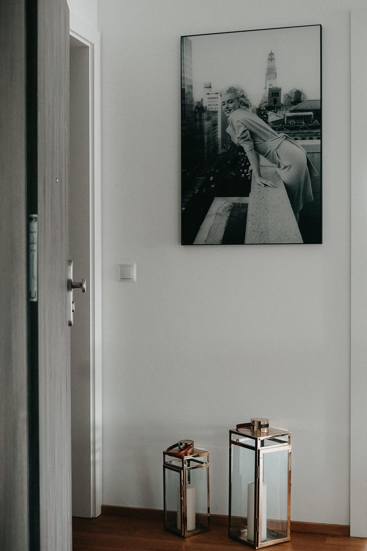 Posterlounge Schwarz Weiß Fotografie Acrylglas Bilder Flur Interior Scandinavian Design Einrichtung Ideen 23