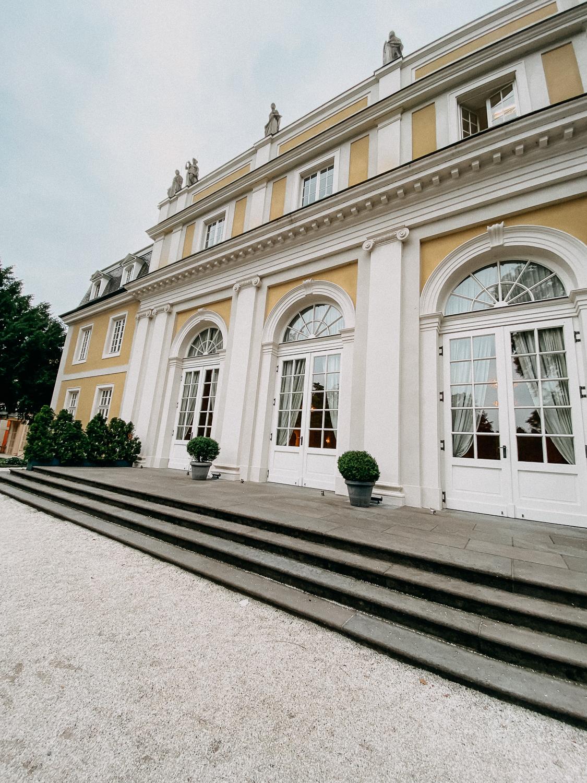 Hochzeitslocation NRW La Redoute Hochzeit Gartensaal Terrasse Bonn Hochzeit