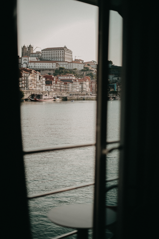 A-ROSA ALVA Flusskreuzfahrt Douro Portugal Reiseblog Suite Zimmer Ausblick Balkon Porto Tipp