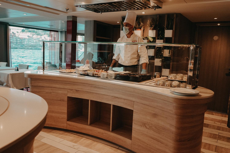 A-ROSA Flusskreuzfahrt Douro Portugal Restaurant Reiseblog