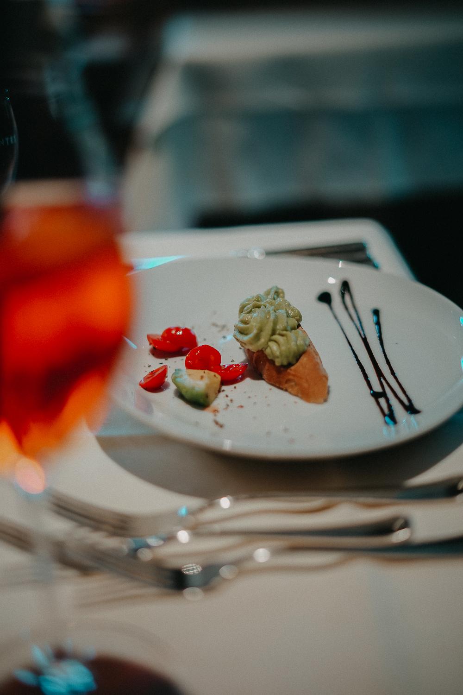 Thierseerhof Wellnesshotel Kufsteinerland Restaurant Reiseblog Vorspeise Avocadocreme