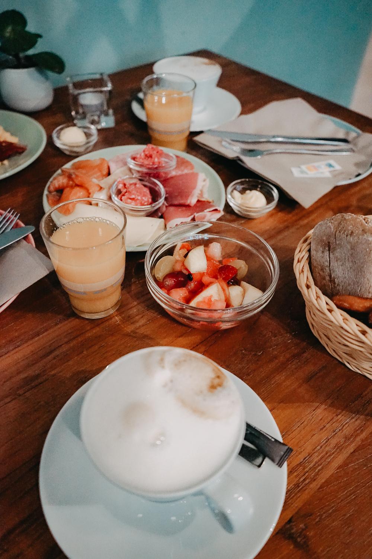 Lifestyle Hotel SAND Timmendorfer Strand nachhaltig Hotel Frühstück Reiseblog